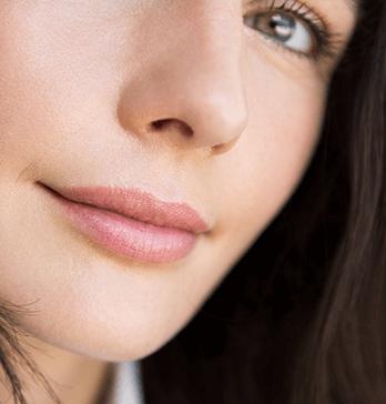 L'acide hyaluronique dans les lèvres