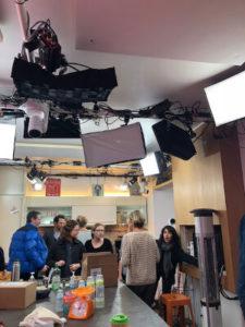 La visite de la cuisine (La Maison des Maternelles).